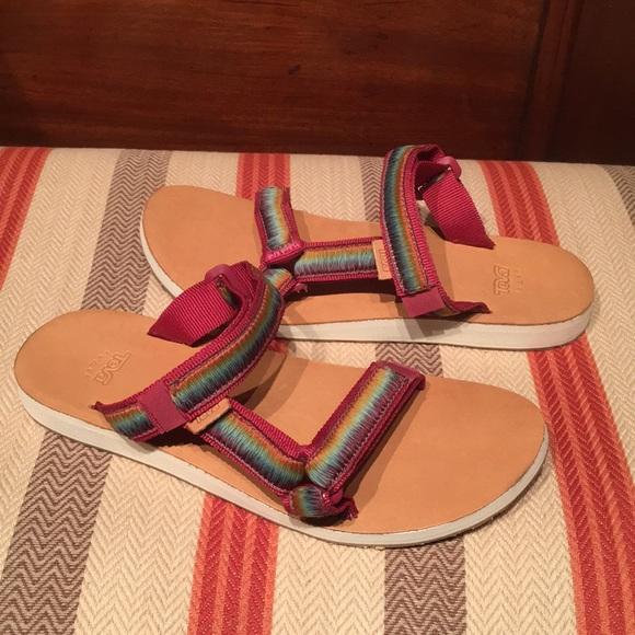 46a88a701ce4 Women s Teva Universal Slide Ombré Leather Sandals